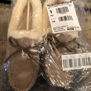 Brand new cozy slippers